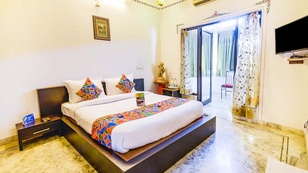 Hotels in Udaipur Near Jagdish Temple