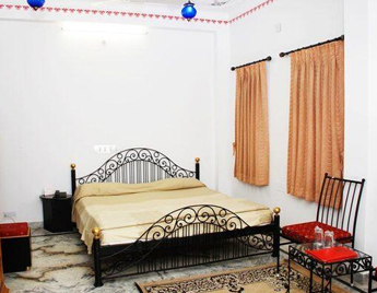 Standard Haveli Room at Jagdish Temple